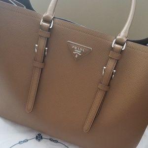 Prada 👜 Handbag